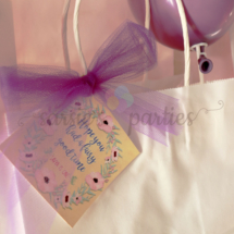 Favor Tag Decor